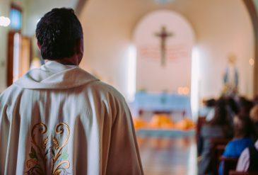Misas y adoraciones en vivo